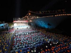 TQ đưa tàu chiến sức chở một tiểu đoàn tới Trường Sa