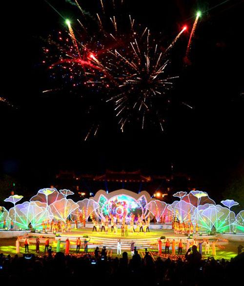 Gần 1 triệu lượt người tham dự Festival Huế 2016 - 6