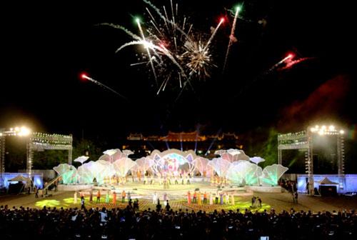 Gần 1 triệu lượt người tham dự Festival Huế 2016 - 13