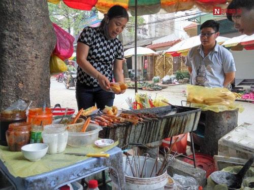 Lên Lạng Sơn nhớ ăn thử bánh mì nướng dầu hào - 2