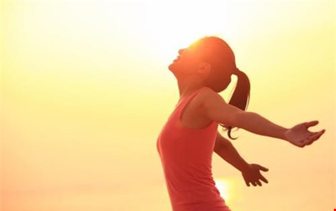 Thiếu nắng gây tác hại như hút thuốc lá - 2