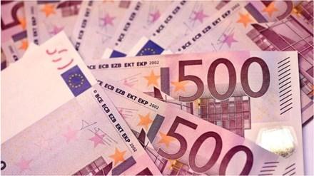 """Đồng 500 euro sắp bị """"khai tử"""" - 1"""