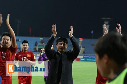 BXH FIFA tháng 5: Tuyển Việt Nam rớt hạng - 1