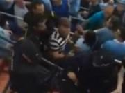 Bóng đá - Video: Cảnh sát TBN xô xát với fan cuồng Man City