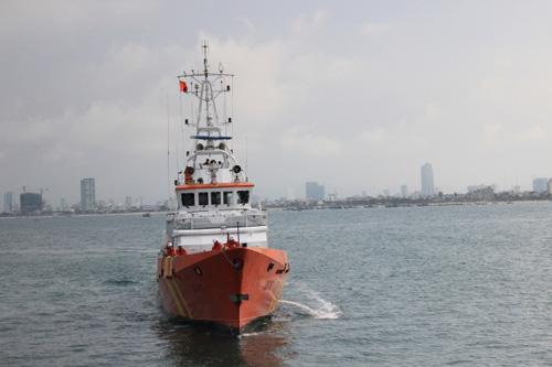 Đẫm nước mắt ngày gặp mặt 34 ngư dân gặp nạn ở Hoàng Sa - 2