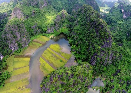 """Khám phá 5 điểm du lịch """"gây nghiện"""" ở Ninh Bình - 2"""