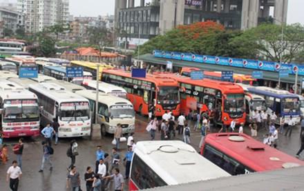 Nhiều tuyến xe khách tăng giá vé đến 50% - 1