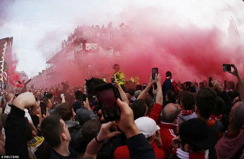 """Liverpool: """"Ăn mày dĩ vãng"""" thành cứu tinh thời loạn - 8"""