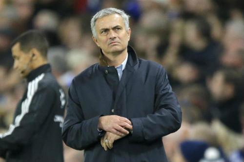 Nếu giữ Van Gaal, MU có thể mất cả Mourinho lẫn Giggs - 1