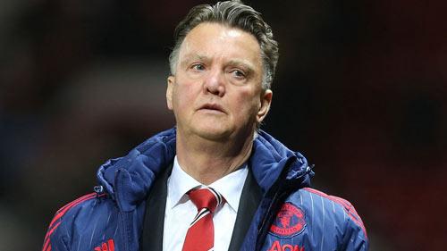 """Sắp 100 trận, Van Gaal trở thành """"của nợ"""" của MU - 1"""