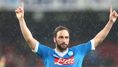 """Hiệu suất ghi bàn: """"Ông lão"""" Totti tốt hơn Suarez, Ibra - 7"""