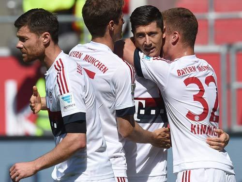 """Ingolstadt - Bayern: Chào đón """"Nhà vua"""" - 1"""