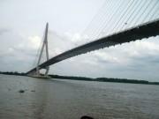 Tin tức trong ngày - Cảnh sát đường thủy cứu sống thanh niên nhảy cầu Cần Thơ