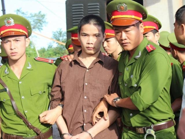 """Thảm sát ở Bình Phước: Vũ Văn Tiến """"chọn"""" luật sư - 1"""