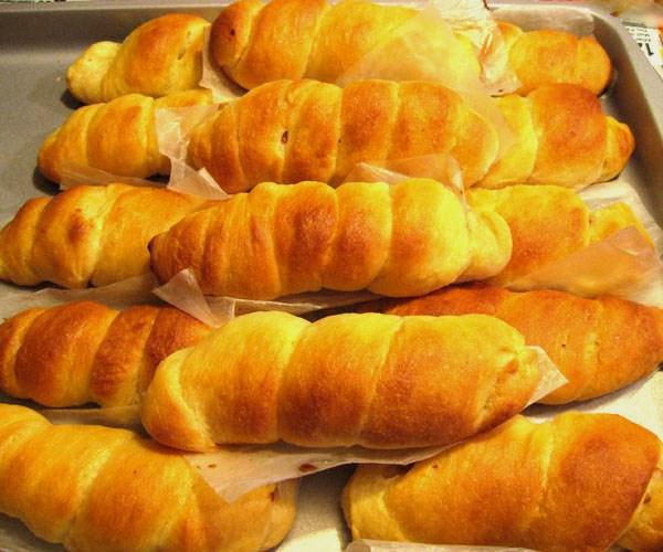 """Cướp bánh mì, đồ ăn vì đói: """"Truy tố là không sai"""" - 1"""