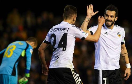 Real Madrid - Valencia: Mừng công ở Bernabeu - 2