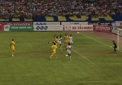 Thanh Hóa – SLNA: 4 bàn thắng & quả 11m tranh cãi - 1