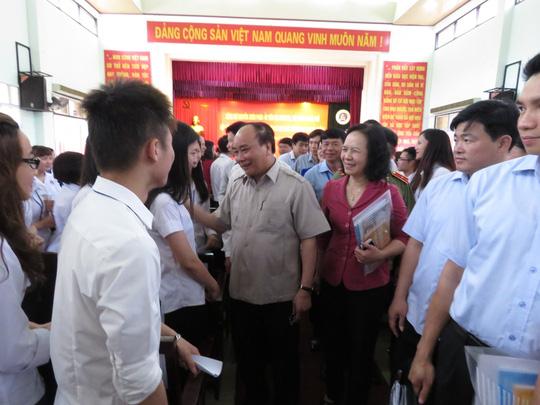Thủ tướng: Sinh viên đại học không phải là đọc - chép - 1