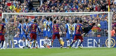 Chi tiết Barca - Espanyol: Thế trận nửa sân (KT) - 4