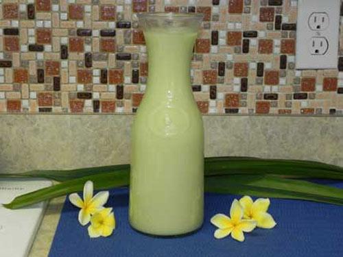 Cách làm sữa đậu xanh lá dứa thơm ngon, mát lành - 4