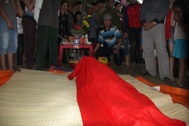 Độc đáo nghĩa trang thờ 100 con cá voi ở Nghệ An - 4