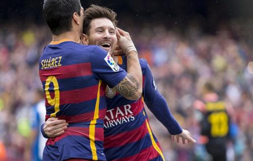 Luis Suarez: Vượt bóng Messi, tranh đoạt QBV - 2