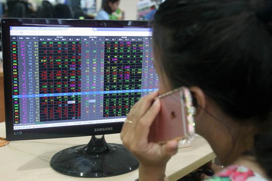 Nhà đầu tư vẫn lo dù chứng khoán tăng điểm - 1
