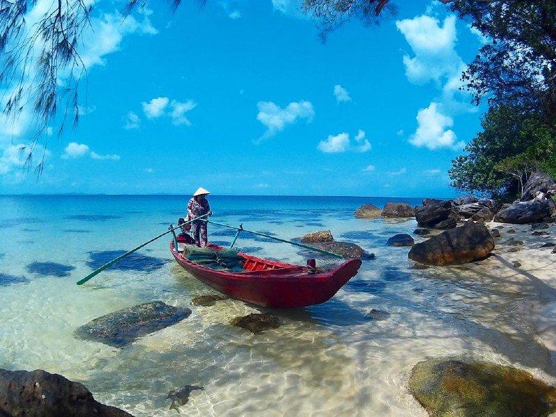 Trốn nóng hè ở 10 hòn đảo siêu đẹp của Việt Nam - 1