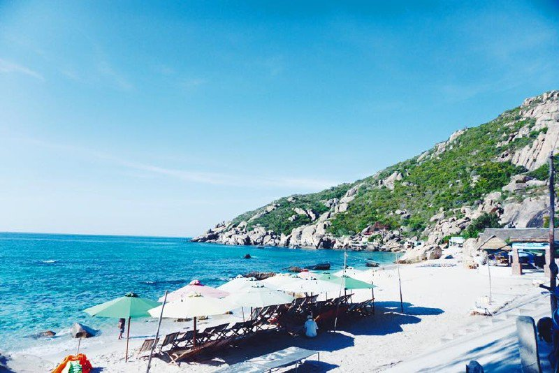 Trốn nóng hè ở 10 hòn đảo siêu đẹp của Việt Nam - 4