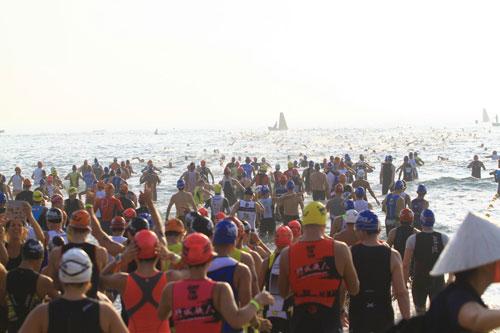 Ironman vượt thử thách trong cái nóng khắc nghiệt - 1