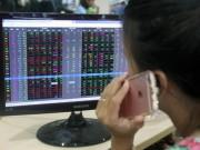 Tài chính - Bất động sản - Nhà đầu tư vẫn lo dù chứng khoán tăng điểm