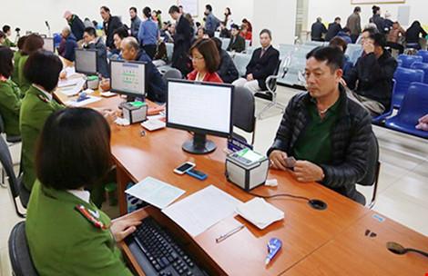 Bộ Công an giải thích lý do chậm trả thẻ căn cước - 1