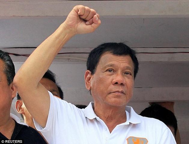 """Người """"hứa"""" diệt vạn tội phạm thành TT Philippines - 2"""