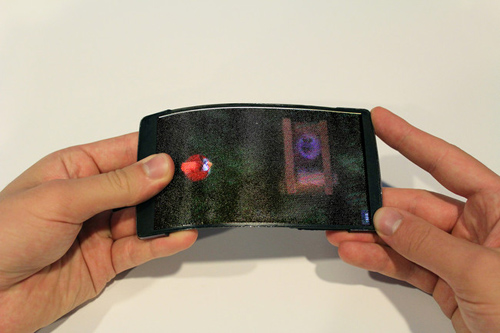 Ra mắt smartphone màn hình uốn dẻo, hiển thị 3D - 3