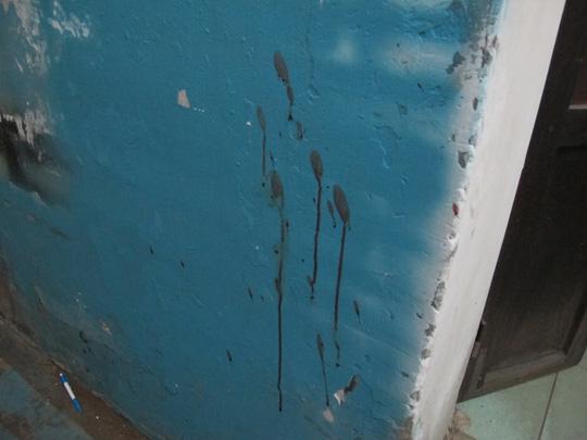 TP HCM: Nam thanh niên bị đâm chết lúc giữa trưa - 2