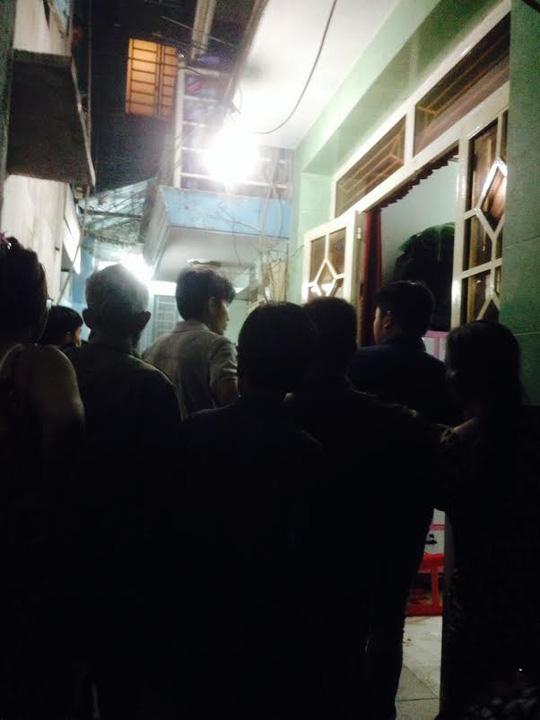 TP HCM: Nam thanh niên bị đâm chết lúc giữa trưa - 1