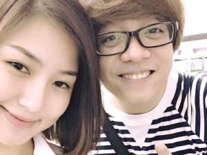 Facebook sao 10.5: Hương Tràm thân mật bên tình cũ