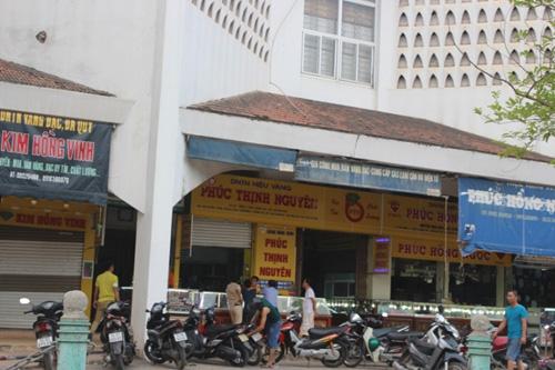 Tiệm vàng tại chợ Đông Hà báo mất trộm hơn nửa tỷ đồng - 1