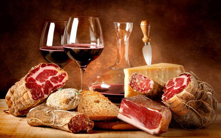 Nguy hiểm khôn lường khi uống rượu với thịt ít người biết - 1