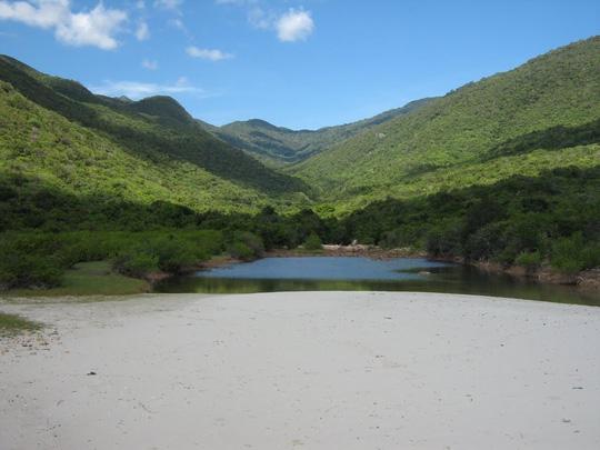 Những địa điểm đẹp tuyệt trần trên đảo Bình Hưng - 5