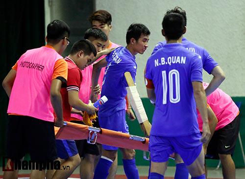 Nhập viện gấp, SAO futsal VN có thể lỡ World Cup - 5