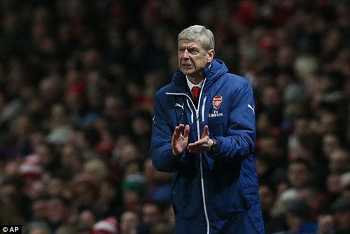 Arsenal 19 năm liên tiếp dự cúp C1: Công–tội Wenger - 1