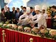 20 đại sứ và các Hoa hậu tham gia lễ xẻ cá ngừ đại dương ủng hộ ngư dân VN