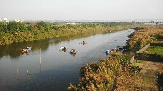 Nên bỏ hẳn siêu dự án sông Hồng - 1