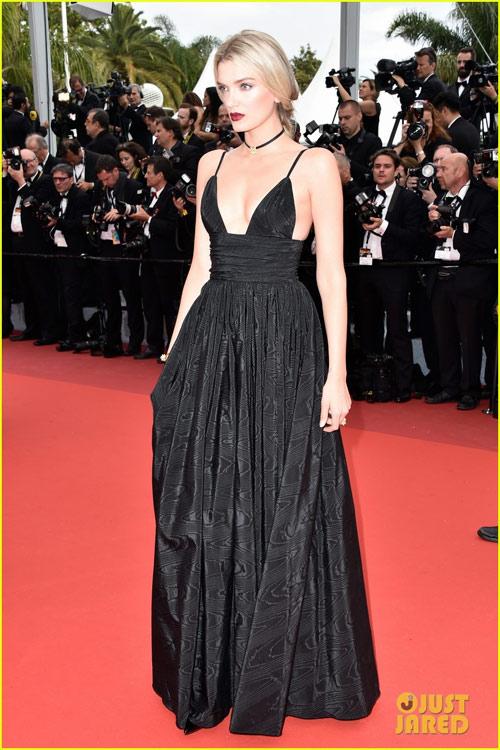 3 chân dài đốt cháy thảm đỏ Cannes nhờ cổ áo sâu hoắm - 7