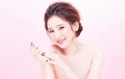 """Hot girl Ivy tung ảnh gợi cảm sau """"ồn ào"""" với Hồ Quang Hiếu - 2"""