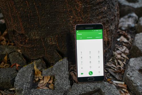 Smartphone tầm trung: cuộc chơi không chỉ ở cấu hình - 1