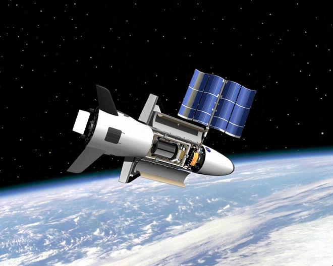 Máy bay tối mật X-37B của Mỹ bay quanh Trái đất làm gì? - 1