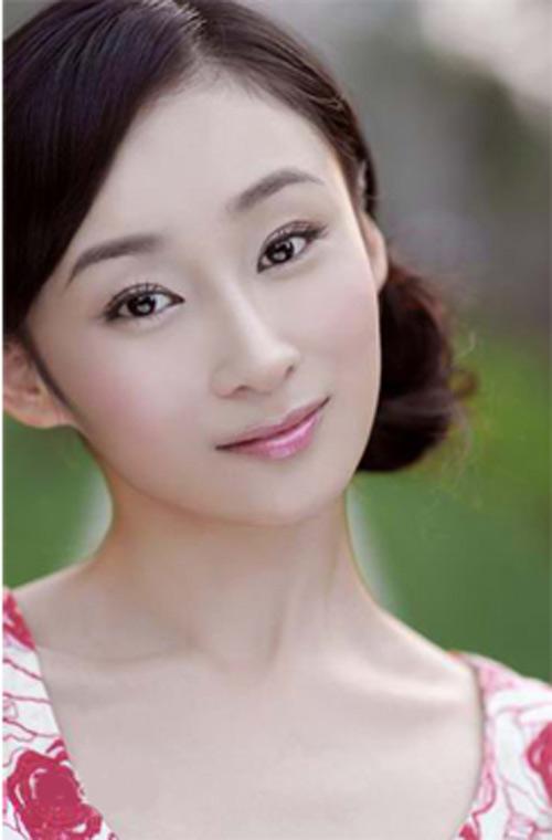 Dàn bồ siêu xinh của cậu ấm giàu thứ nhì Trung Quốc - 4