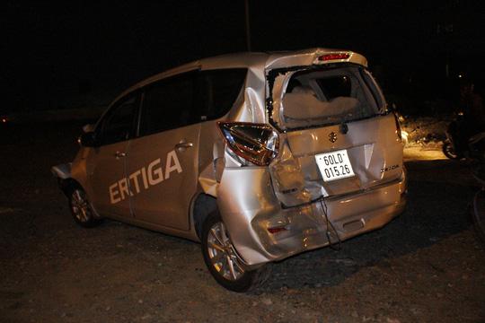 Tai nạn liên hoàn, tài xế bò ra từ buồng lái bẹp dúm - 6